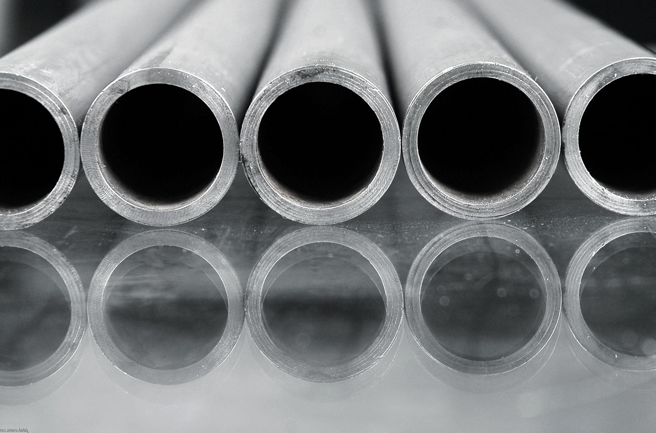 904l Pipe Suppliers Manufacturer Stockist Astm B677